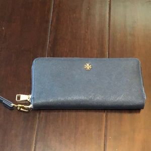 Tory Burch Zip Around Wallet- Navy